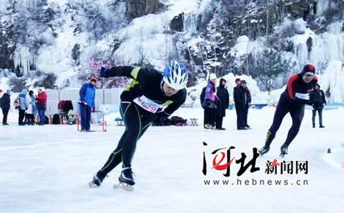 来自秦皇岛市各县区的冰雪爱好者进行了冰陀螺,速度滑冰等冰雪运动